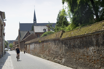 The béguinage from outside the wall.